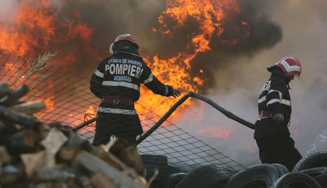 Pompieri, militari, polițiști, cât valorează viața voastră? O întrebare care vă poate costa cariera. MAI sancționează un pompier pentru că a postat pe facebook această întrebare - 1-1488463752.jpg