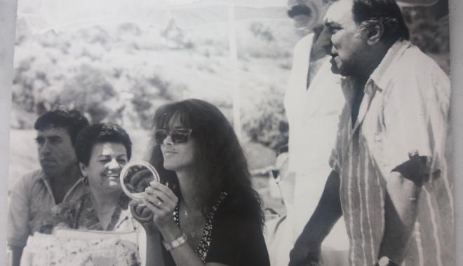 """Foto: Arhiva de Aur """"Cuget Liber"""". Amintiri cu trei mari artiști: Mădălina Manole, Jean Constantin și Gioni Dimitriu"""