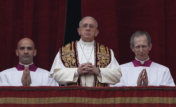 Foto: URBI ET ORBI: Papa Francisc îndeamnă la pace și reconciliere