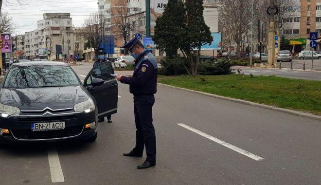 Foto: Reportaj: Constanța în CARANTINĂ TOTALĂ. Străzi pustii, poliția la datorie, afaceri cu lacătul pe ușă! GALERIE FOTO