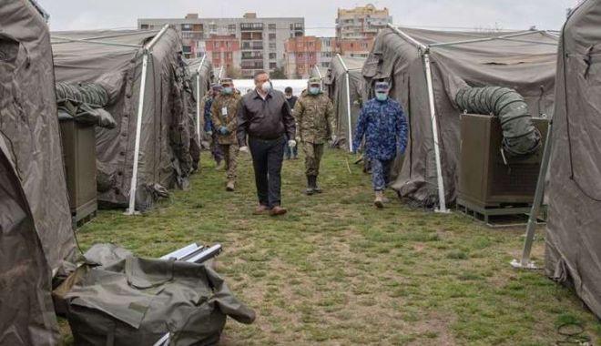 Foto: Ministrul Apărării a vizitat spitalul militar de la Constanța