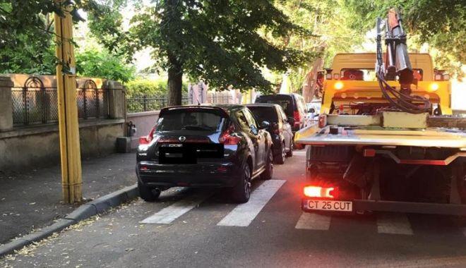 Staționarea neregulamentară, sancționată de polițiștii locali din Constanța - 1-1594645294.jpg