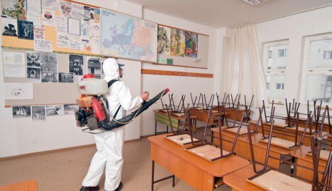 Foto: Ministrul Sănătății: În a doua jumătate a lunii august vă vom spune exact cum se va deschide școala