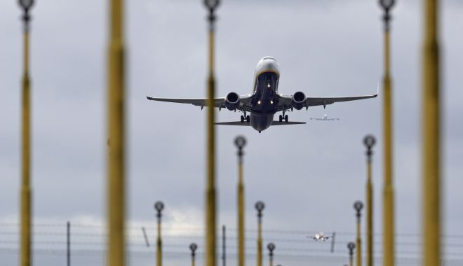 """Revenirea călătoriilor cu avionul în Europa a intrat """"în marşarier"""" - 1-1600096849.jpg"""