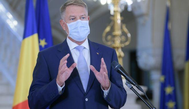 Foto: Klaus Iohannis: Pandemia este de departe a se fi încheiat. Să menţinem o atitudine prudentă