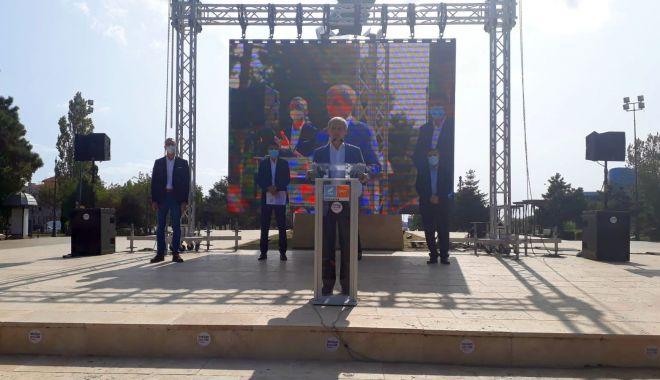 Dacian Cioloş, la Constanţa: Alianţa USR-PLUS este o alternativă. Trebuie să investim în oameni, în educaţie şi în sănătate - 1-1600765199.jpg