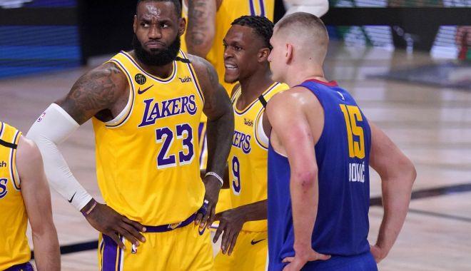 Foto: Los Angeles Lakers a obţinut a treia sa victorie în finala Conferinţei de Vest