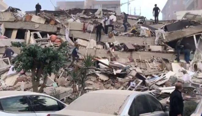 VIDEO. Cutremur cu magnitudinea 7, în Turcia. Un tânăr a surprins momentul - 1-1604066780.jpg