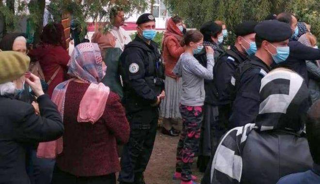 Jandarmii au sancţionat populaţia pentru nepurtarea măştii - 1-1604072290.jpg