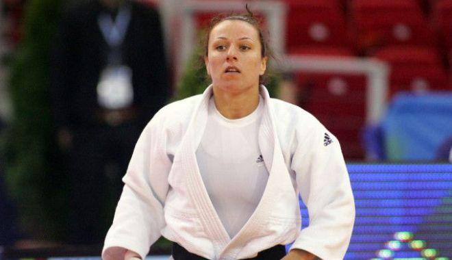 Andreea Chiţu a obţinut medalia de argint la Campionatele Europene de judo - 1-1605804153.jpg