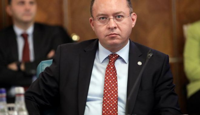 Bogdan Aurescu: Este important ca românii din străinătate să folosească ambele zile pentru a vota - 1-1607089577.jpg