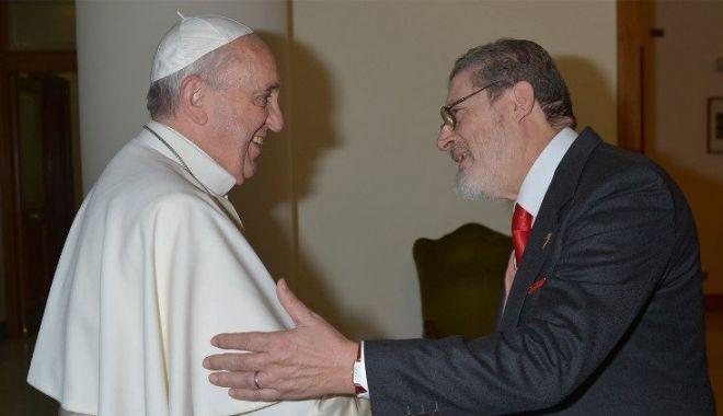 Medicul Papei Francisc a murit din cauza complicațiilor cauzate de COVID-19 - 1-1610282046.jpg