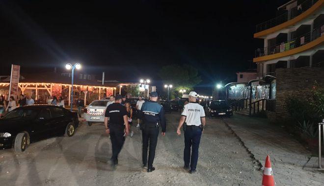 """Foto: ZONELE AGLOMERATE din Constanța, """"vizitate"""" de Poliție!"""
