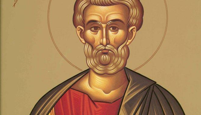 Foto: Credincioșii îl cinstesc pe Sfântul Apostol Matia