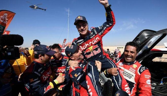 Foto: Carlos Sainz a câștigat pentru a treia oară Raliul Dakar