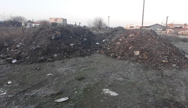 Foto: Constănțenii care aruncă deșeuri pe domeniul public, sancționați de polițiștii locali!