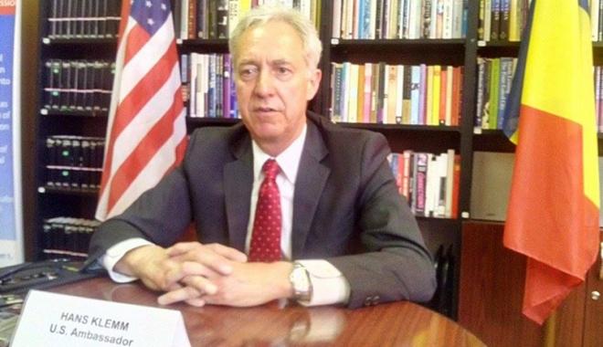 Ambasadorul SUA în România îndeamnă cetățenii să iasă la vot și laudă lupta anticorupție - 13341938113287363006875518920895-1464719062.jpg