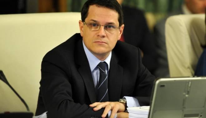 Foto: Parlamentul votează astăzi nominalizarea lui Hellvig la conducerea SRI