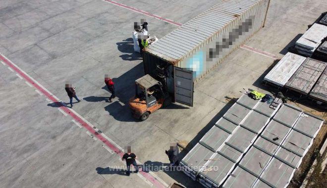 Container cu deșeuri, trimis din Portugalia, depistat în portul Constanța - 13aprcontainerdeseuri-1618324095.jpg