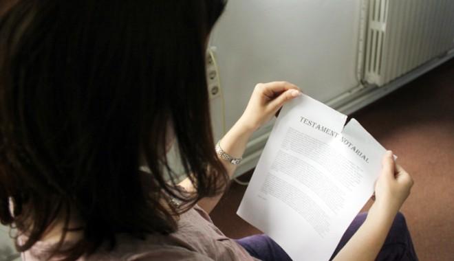 Foto: Testamentul făcut de notar poate fi rupt?