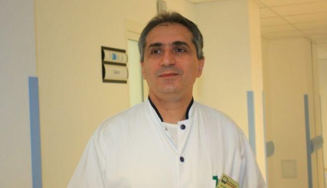 """Dr. Răzvan Popescu: """"Constanţa încearcă să reintre în centrele de top ale chirurgiei laparoscopice"""" - 15931845617602803413494232239193-1615448127.jpg"""