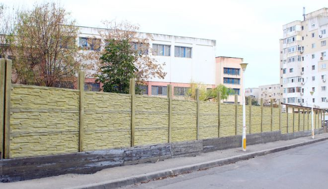 Gard nou la Școala Gimnazială nr. 12