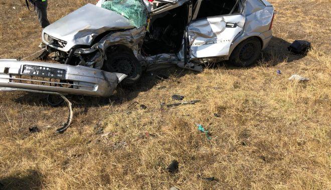 TRAGEDIE PE ȘOSEA. Accident soldat cu DOI MORȚI ȘI DOI RĂNIȚI, în județul Constanța - 164d60163aa04f5d9681ba4d9c57aa4d-1600687463.jpg