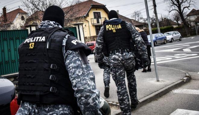 Foto: PERCHEZIȚII la hoți din locuințe din Constanța și Tulcea!