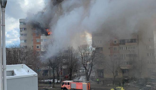 ANCHETĂ la PARCHETUL MILITAR în cazul femeii care a sărit în gol din calea flăcărilor. Pompierii, sub lupă! - 17febrparchetulmilitarincendiu-1613559517.jpg