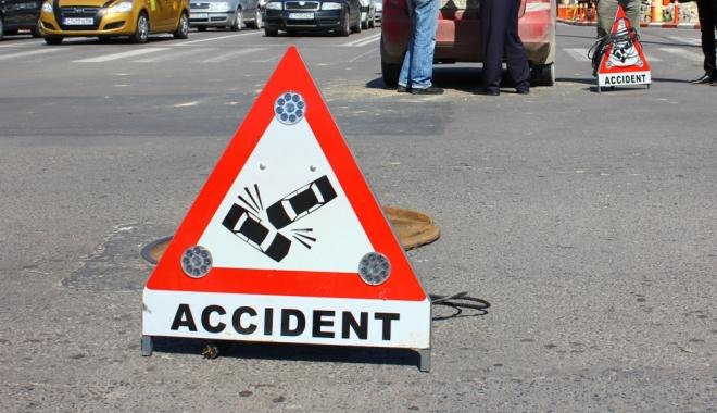 Foto: Accident rutier în Constanța, după ce unui șofer i s-a făcut rău