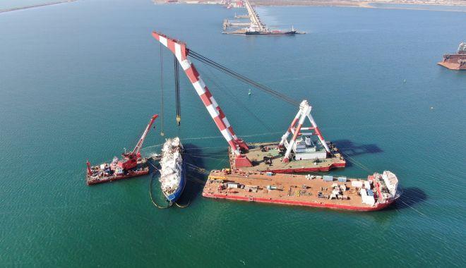 Noutăți privind scoaterea la suprafață a epavei din portul Midia - 18febrnavamidiasursagsp1-1582015731.jpg