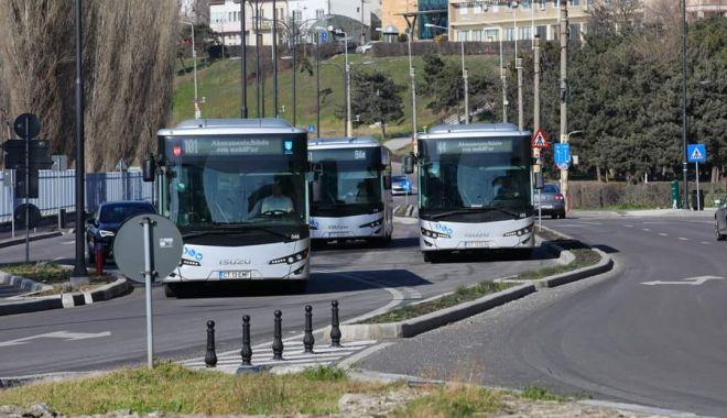 Foto: 18 mini-autobuze vor intra pe trasee, în Constanța