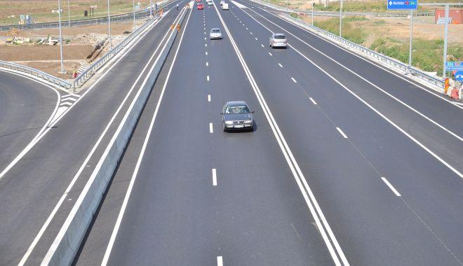 TRAFIC DEVIAT pe Autostrada Soarelui - 19octautostrada-1603090407.jpg