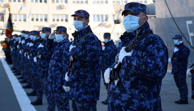 VIDEO / ZIUA NAȚIONALĂ în PANDEMIE. Ceremonii militare la bordul navelor - 1decsarbatorireziuanationala-1606810976.jpg