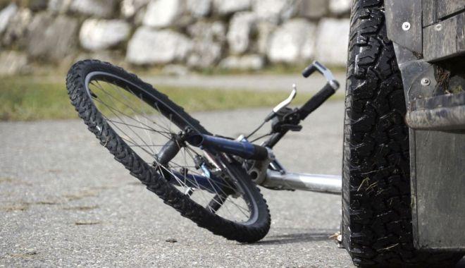 ACCIDENT MORTAL. Biciclist lovit de un șofer fără permis! - 1octaccidentmortalsursaagora-1601535323.jpg