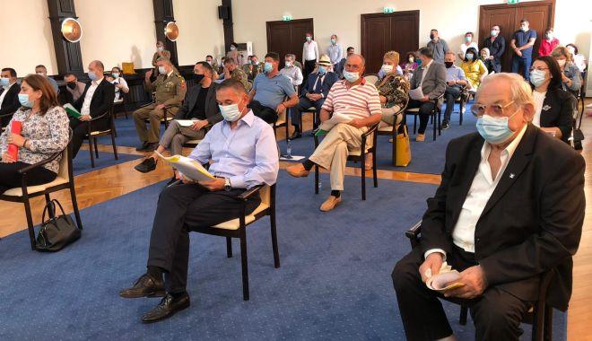 VIDEO. A început ultima şedinţă de Consiliu Judeţean din acest mandat - 2-1600942607.jpg