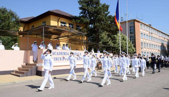 """2.000 de studenţi încep, astăzi, noul an universitar la Academia Navală """"Mircea cel Bătrân"""" - 2000destudenti-1601489028.jpg"""