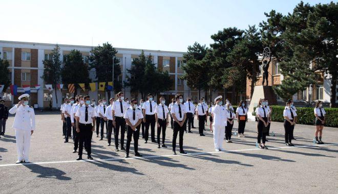 """2.000 de studenţi încep, astăzi, noul an universitar la Academia Navală """"Mircea cel Bătrân"""" - 2000destudenti1-1601489251.jpg"""