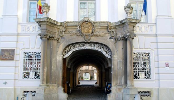 Sibiul oferă aventură, premii și concerte - 20090615brukenthal03-1342795922.jpg