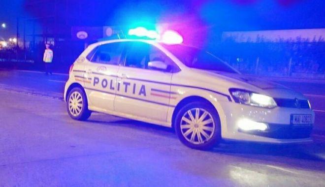 VIDEO / POLIȚIȘTI ATACAȚI, la Hârșova! Au intervenit la niște indivizi aflați în izolare - 22aprpolitistiharsovasursaantena-1587539467.jpg