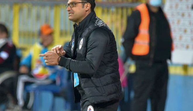 Fotbal / Mihai Teja nu mai este antrenorul echipei Gaz Metan Mediaş - 24052158926508341685521242490764-1631694686.jpg