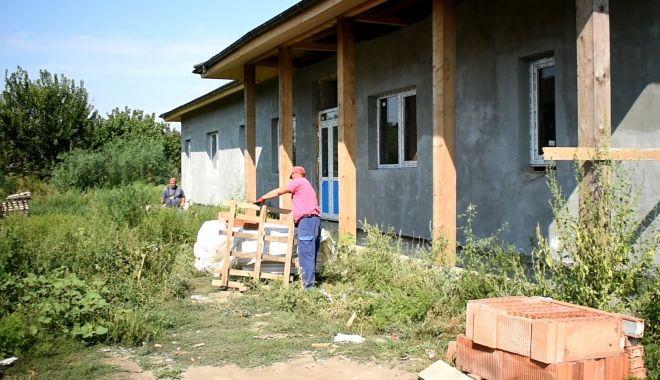 Lucrările de la locuinţele protejate de la Nicolae Bălcescu avansează - 24081368548461171454176583772677-1629986765.jpg