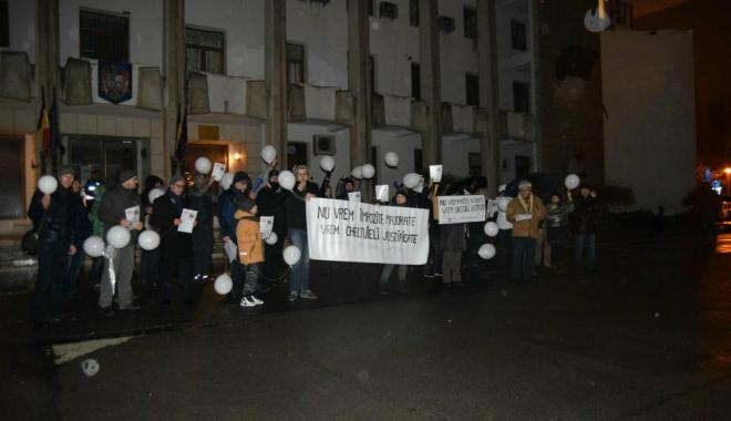 """Foto: Galerie foto-video / CONSTANȚA PROTESTEAZĂ: """"Nu vrem impozite majorate, vrem cheltuieli justificate"""""""