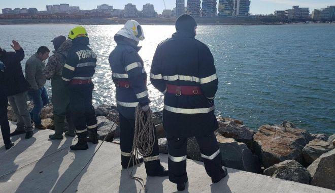 Foto: Cine este femeia găsită moartă, în apele mării, la Pescărie