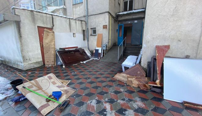GALERIE FOTO / URMĂRI DEVASTATOARE după explozia unei centrale termice, la Medgidia - 28ianexplozieimagini7-1611833057.jpg
