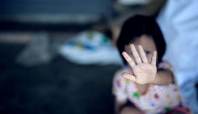 CAZ TERIBIL, LA CONSTANȚA! Copilă de șase ani, violată de propriul unchi - 2dupaceafostviolataofetitadenuma-1553758770.jpg