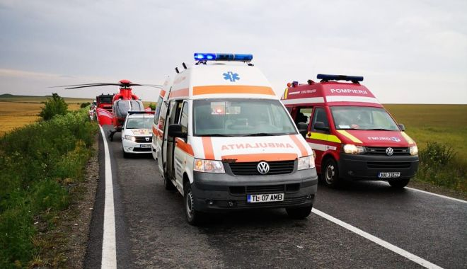 UPDATE / GRAV ACCIDENT RUTIER, între Constanța și Tulcea. Două mașini s-au făcut praf, sunt trei victime. O tânără A DECEDAT / GALERIE FOTO - VIDEO - 3-1591894016.jpg