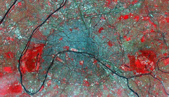 CNN: Imagini spectaculoase făcute de NASA. Cum arată Pământul din spaţiu - 3-1619166929.jpg