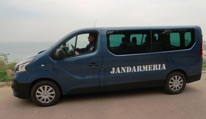 Jandarmii vor ieși pe stradă, în week-end: purtați mască! - 30octjandarmi-1604043903.jpg