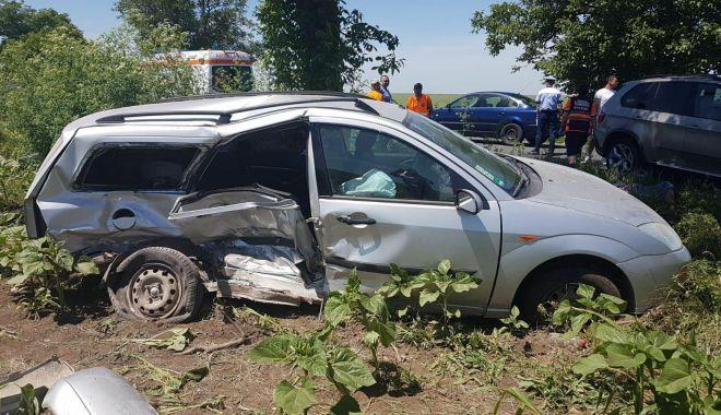 GALERIE FOTO / ACCIDENT RUTIER GRAV LA CONSTANȚA! Un MORT și trei răniți - 33962117184085719260372585341809-1527759045.jpg